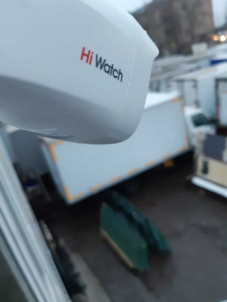 Установка наружной камеры HD-TVI DS-T200S HiWatch