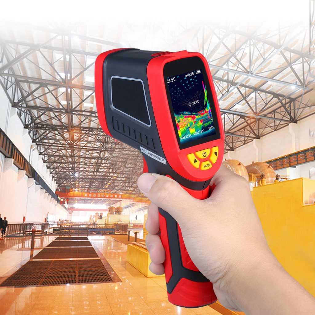 Ручной тепловизор для измерения температуры тела человека